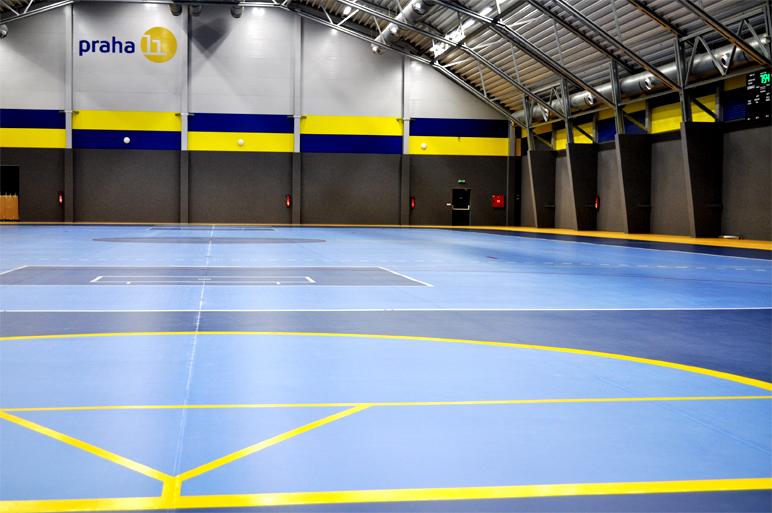 Hala Jižní město. Moderní víceúčelová sportovní hala s využitím pro řadu  sportů jako jsou volejbal 534876536f